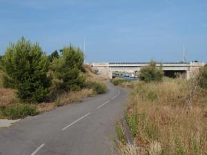 Descente vers le Canal du Rhône à Sète